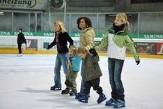 Eislaufen in der Vorarlberghalle Feldkirch